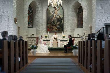 bryllup-fotograf-bergen-kirke-vigsel