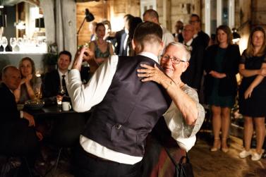 bryllup-mor-sonn-danse