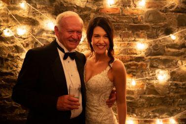 far-og-datter-selebrasjon-bryllup